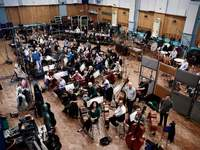 Thomas Newman conducting rehearsing Orchestra at Abbey Road Studios for recording Skyfall Soundtrack